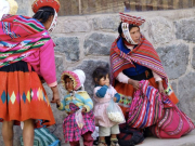 2 - 4    Typical Dress of the Patacancha Quechua