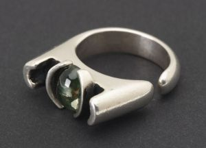 Ring - Peridot Stone Pressure Set in Cast Sterling